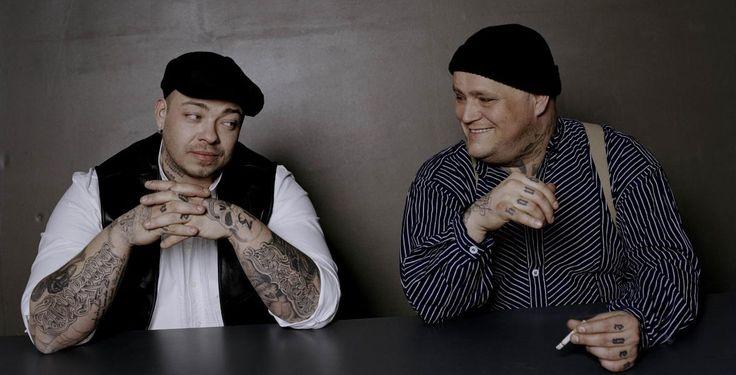 """Haudegen auf Tour - Konzerte - Mit ihrem Debüt-Doppelalbum """"Schlicht & Ergreifend"""" schafften es Hagen und Sven alias Haudegen in die Top Ten. Ab Oktober gibt es die beiden live."""