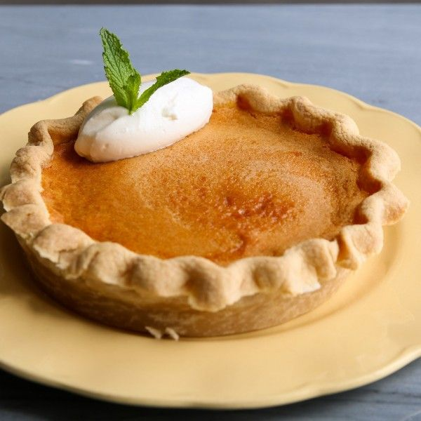 Want pie for dessert this summer, but don't want to heat up your oven? Make it in your Air Fryer!
