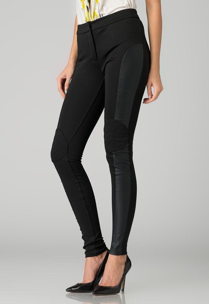Fashion Days - Contureaza noul tau look! - Pantaloni negri Jella