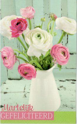 Hartelijk gefeliciteerd!    Felicitatiekaartje met een vaas bloemen