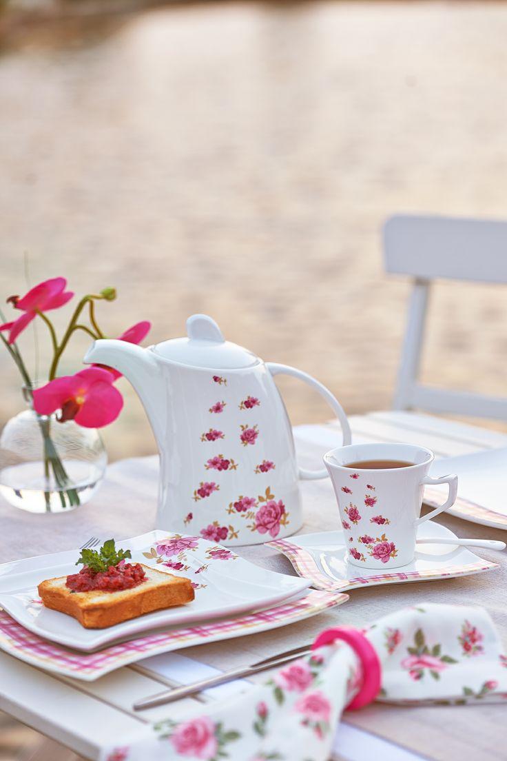 42 Parça Porselen Kahvaltı Takımı Roza