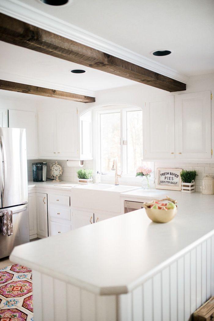 35 Fresh White Kitchen Cabinets Ideas To Brighten Your: 17 Best Ideas About White Farmhouse Kitchens On Pinterest
