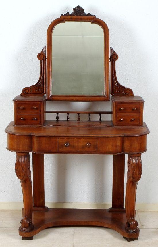 Engelse mahoniehouten kaptafel uit de 19e eeuw.