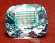 #Star of the #South #diamond (128.48carats)was found inBrazil in1853by a slave girl was rewarded by his master with freedom life annuity.It was then sell to a jeweler of Amsterdam,who cut it.The diamond was exposed in public in the world exhibitions inLondon in1862& inParis in1867,later sold to an Indian prince for80,000pounds.He sold it to a wealthy merchant ofMumbai, who in his turn sold it toCartier inParis.The current market value is estimated at 94million dollars