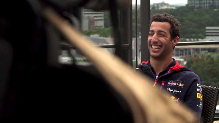 Βackstage με τον γελαστό Ricciardo (vid)