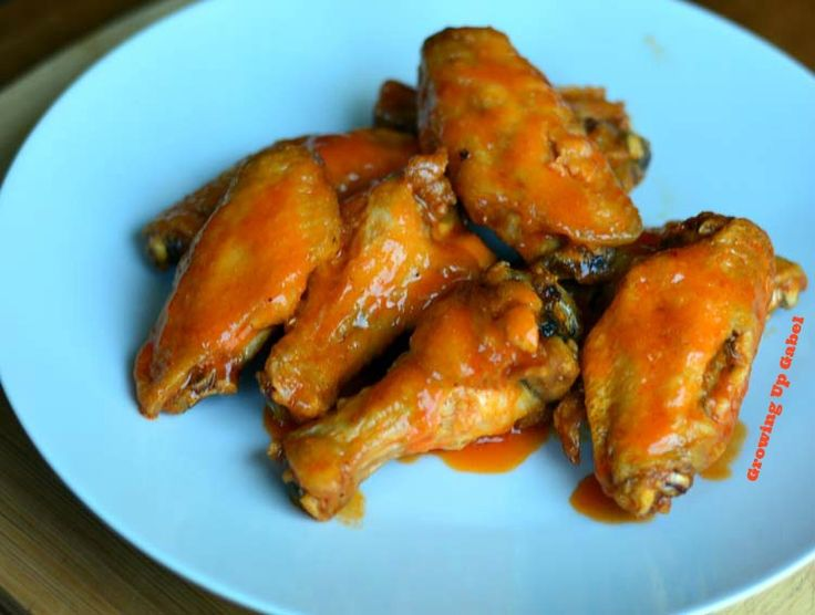 Homemade Buffalo Sauce #SundaySupper - Growing Up Gabel