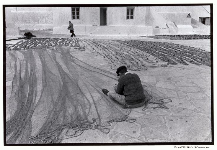 Μύκονος. Επισκευάζοντας τα δίχτυα (1967)