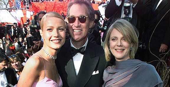 Gwyneth with mom and dad...Blythe Danner & Bruce Paltrow.