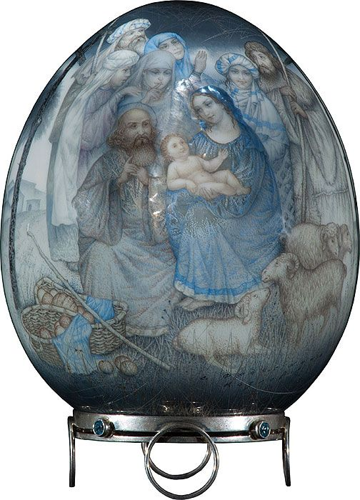 Sergey Kozlov, Fedoskino lacquer egg, Christmas, on silver stand, 2010, 1