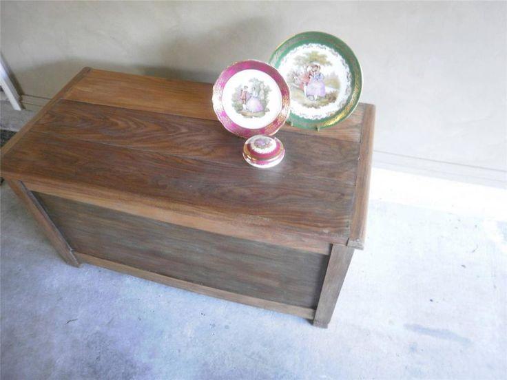 Vintage Cedar Blanket Toy Storage Box Coffee Table