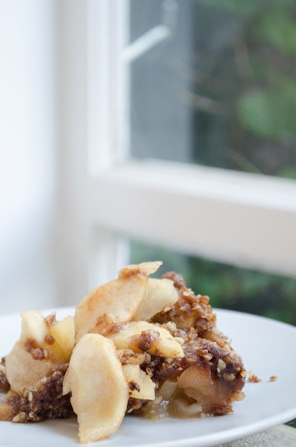 Rosewater Apple Crumble