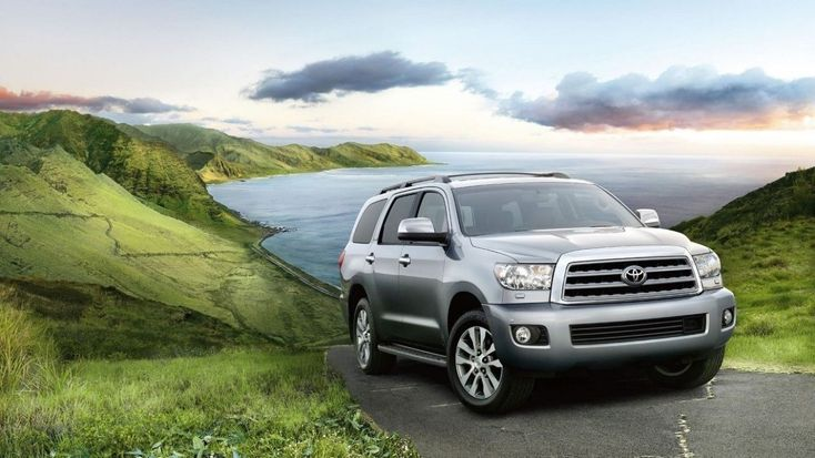 There are lots of rumors whispering about the discontinuation of full-size crossover Sequoia. While some people talking about replacement, Toyota makes its transfer to undeceive them. And how it is the very best to do it but to introduce a brand-new vehicle. Not just that 2017 season model is...