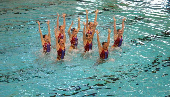 Berikut ini beberapa manfaat olahraga air atau renang untuk kesehatan tubuh.
