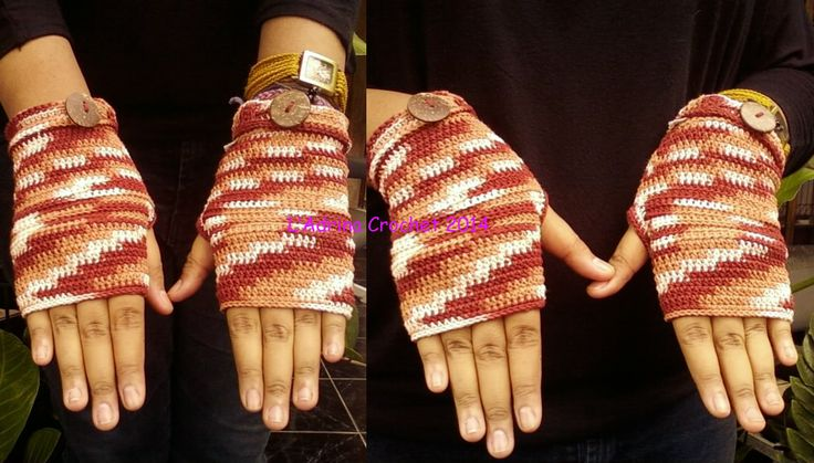 My first fingerless gloves, I <3 it so much!!