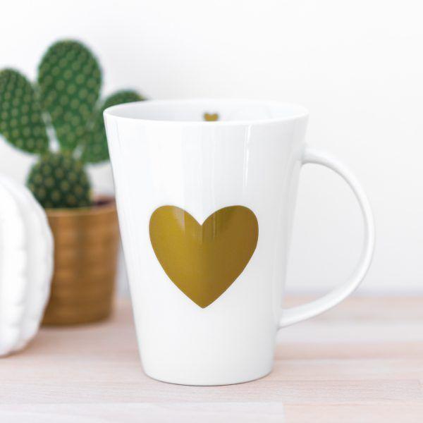Porzellantasse mit goldenem Herz • Onlineshop www.prettypott.de #tasse #herz #gold
