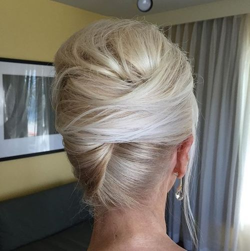 blonde+french+twist+with+a+bouffant