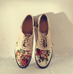Beautiful Flower Print Women Shoes, Simple and Stylish Shoes, Shoes