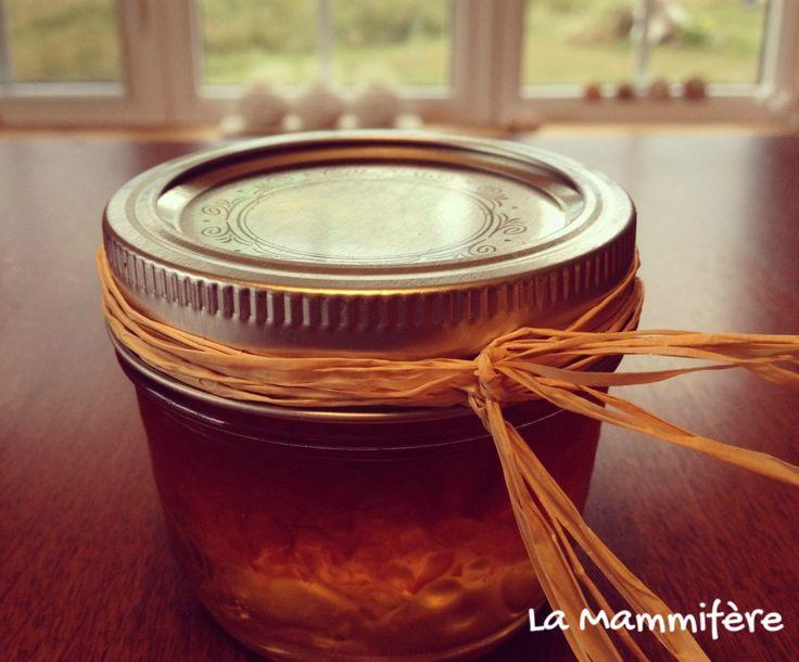 Une recette de gelée de poivrons rouges parfaite pour vos petites bouchées.