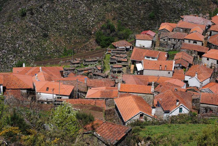Aldeia do Soajo - Holidays in Portugal Enjoy Portugal-Travel to Portugal http://www.enjoyportugal.eu/#!villages-of-portugal/c1e9q