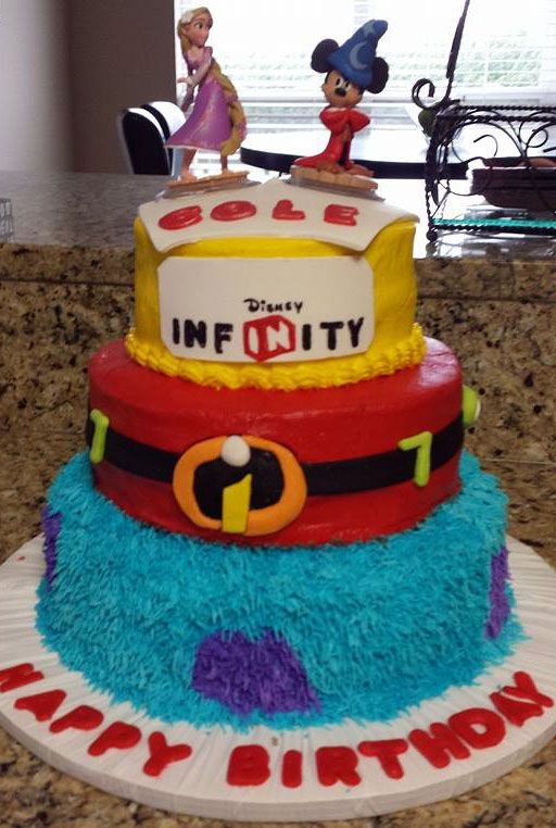 A Disney Infinity cake to cheer up your Monday!
