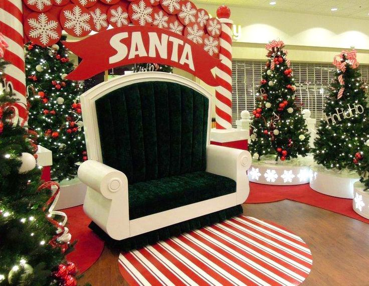 Wide Santa Throne