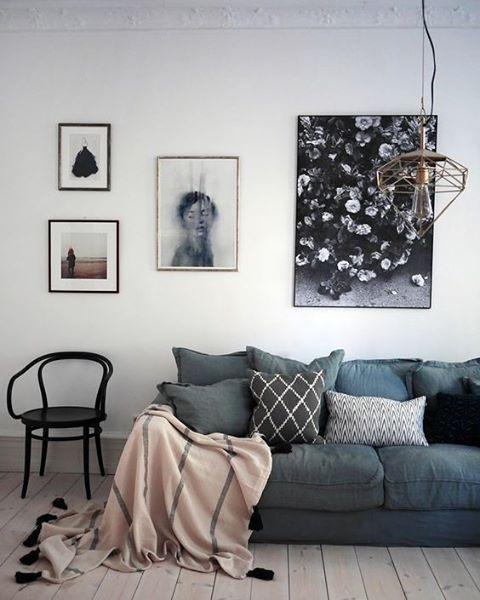 Donker blauwgrijs - het is een kleur die we steeds meer terug zien. We love it! #interiordesign #interieurinspiratie #bluegrey