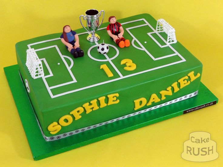 Football pitch cake More