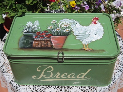 free ship antique bread box sage green hp rooster french country cottage my vintage taste. Black Bedroom Furniture Sets. Home Design Ideas
