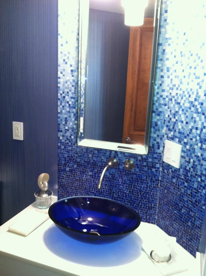 17 best images about mom 39 s bathroom on pinterest window for Cobalt blue bathroom ideas