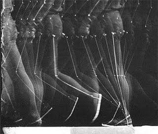 I-MEDIA: Nu descendant un escalier de Marcel Duchamp