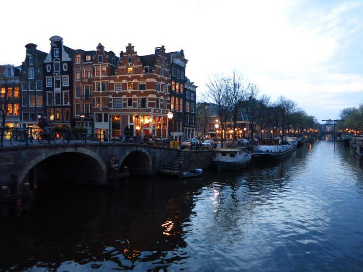 TOP 10 COZY AMSTERDAM BARS :http://awesomeamsterdam.com/cozy-bars-amsterdam/
