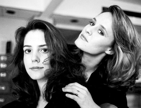 Mary-Louise Parker and Mary Stuart Masterson promoting Fried Green Tomatoes 1991