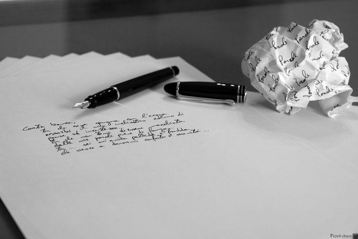 . due poesie di Antonia Pozzi . https://ilsassonellostagno.wordpress.com/2015/10/20/due-poesie-di-antonia-pozzi-2/