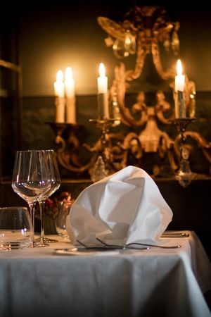 RESTAURANT JAN | Restaurant Interior - Napkins | Nice, France #onemichelinstar