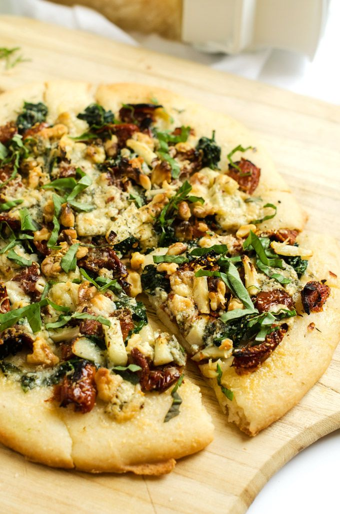 Blue Cheese, Spinach & Sun Dried Tomato Pizza - with Gluten Free ...