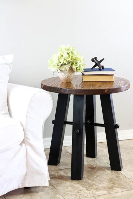 Build your own rustic industrial side table using these easy to follow plans and step by step photos! Plus, it only costs about $35 to build!