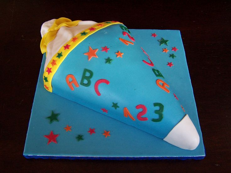 Fondant, Torte als Schultüte, Einschulung - Fondant Cake First School Day