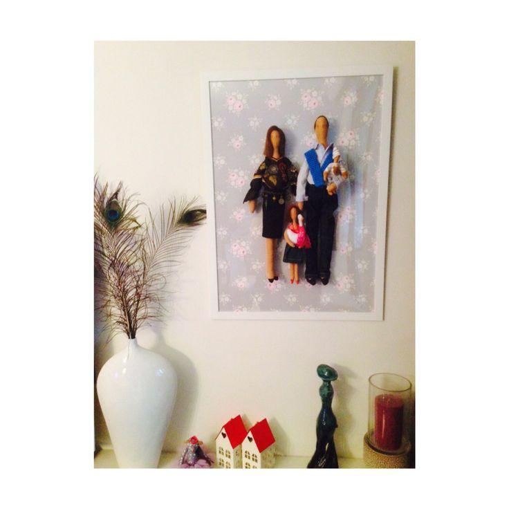 CANTÜRK ailesinin Family portrait i hazıııırr. ❤️ #madebymini #tilda #tildadoll #hediye #handmade #sipariş #elemegi #elyapimi #decor #dekor #çerçeve #familyportrait