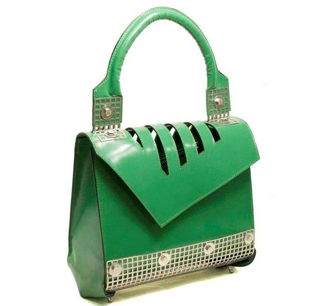 #green #bag for #women by #Skato  available on #flooly link: www.flooly.com/it/borsa-media-in-pelle-donna-skato/16403