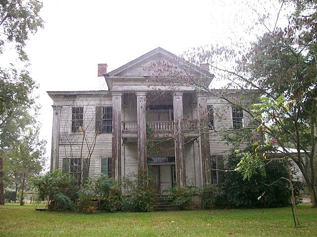 I imagine Forrest's house to be big and white, but not as abandoned looking.  And no pillars.  -  Cochran House - Crumptonia Plantation.