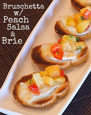 Bruschetta with Peach Salsa and Melted Brie #summer #appetizer #recipe