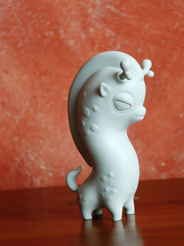 Resin Toys by Teodoru Badiu, via Behance.  Look out Tokidoki!