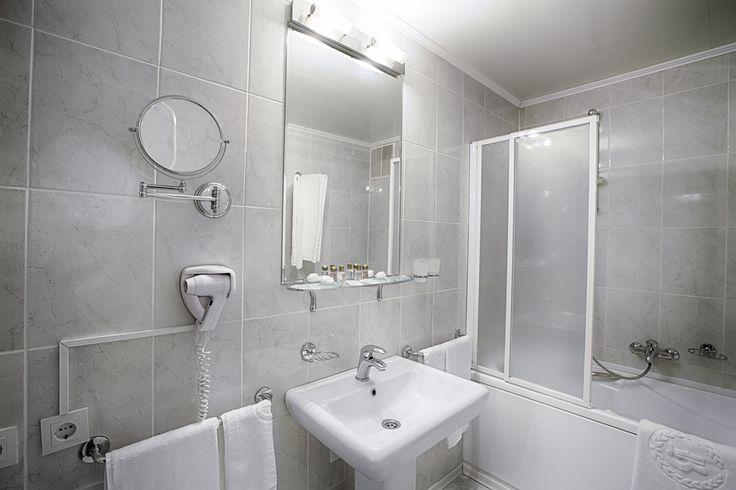Débouchage baignoire bouchée WC bouché Réparation fuite ballon d'eau chaude