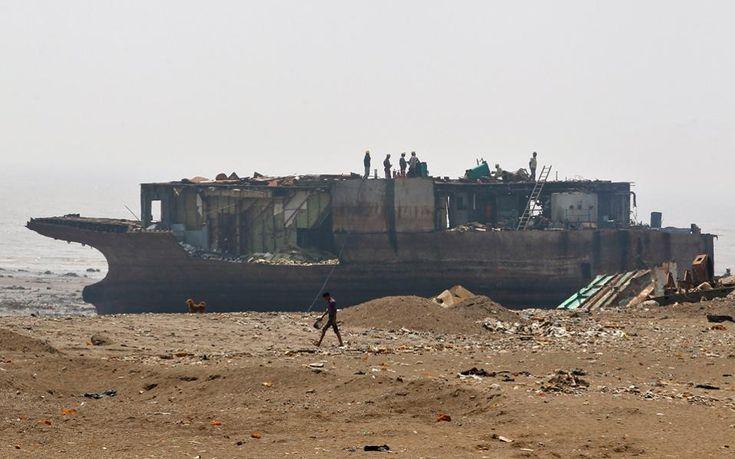 «Νεκροταφεία πλοίων» σε παραλίες της Νότιας Ασίας | Περιβάλλον | Η ΚΑΘΗΜΕΡΙΝΗ