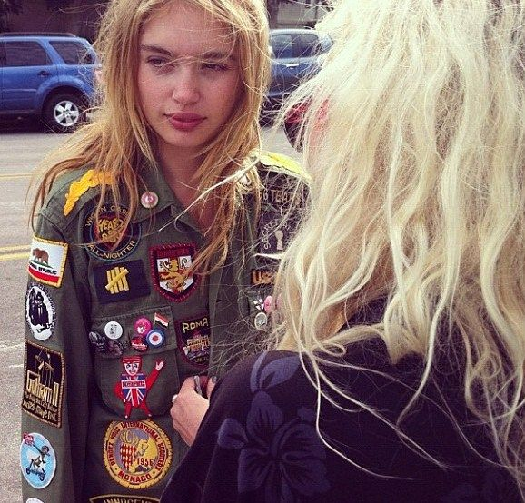 Army jacket w Patches | Honey of California