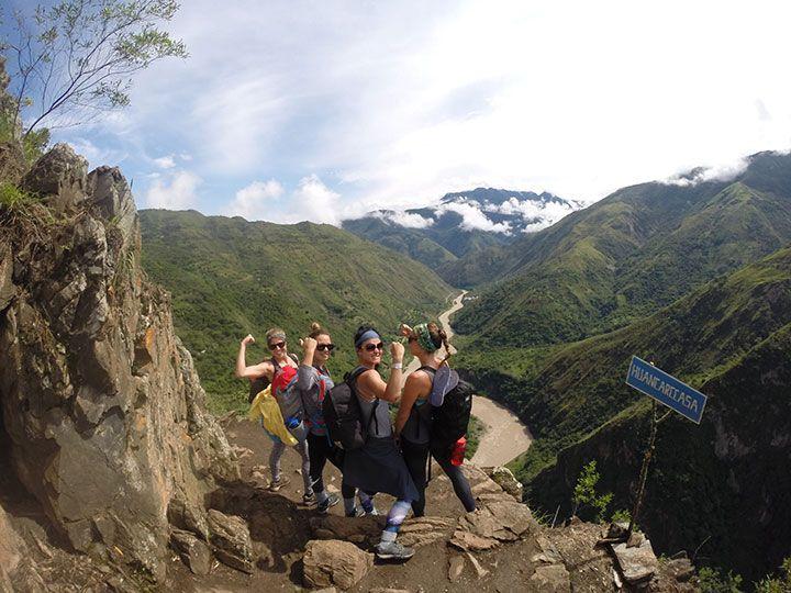 Inca jungle trail to Machu Picchu 4 days tour #travel #beautiful #viajes #vacaciones #vacations #photo #peru #Blog #viajeros #cusco #machupicchu #lima #tours #huaynapicchu #aguascalientes #tren #guia http://www.machu-picchu.tours/en/tours/path-through-the-jungle-to-machu-picchu-4-days-tour