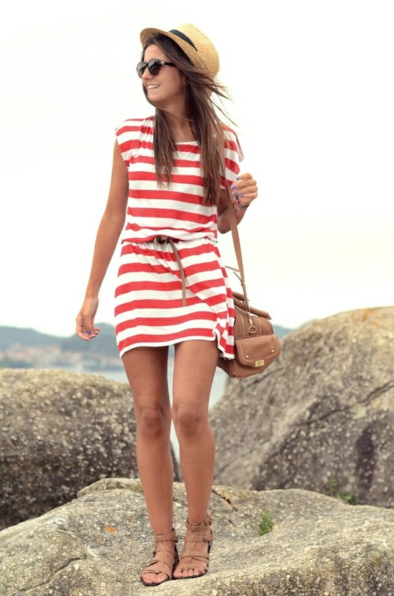 chill.: Hats, Summer Dresses, Beaches Dresses, Summer Looks, Red Stripes, Style, Fedoras, Beaches Outfits, Summer Outfits