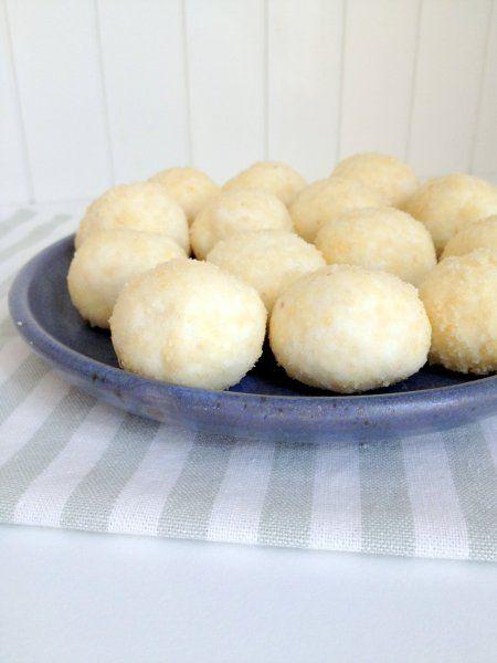 5 perces túrógolyó (nyírfacukorral készül, glutén-, liszt-, tojásmentes)