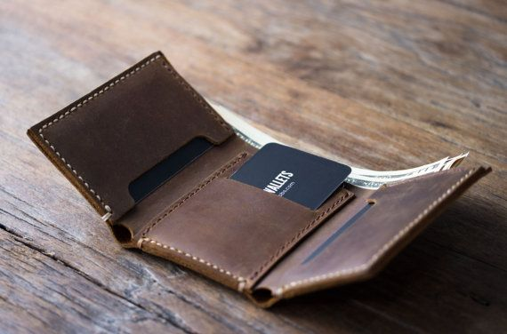 Men's Leather Trifold Wallet Made with Distressed от JooJoobs