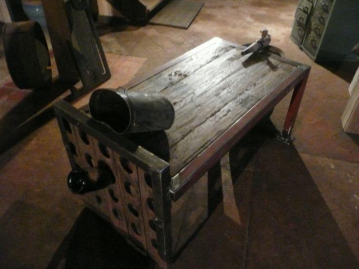 """table """" vigneronne """" atelier les gardiens du temple"""